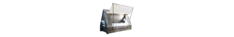 lit cabane enfant un beau lit cabane pour am nager la chambre enfant ma chambramoi. Black Bedroom Furniture Sets. Home Design Ideas