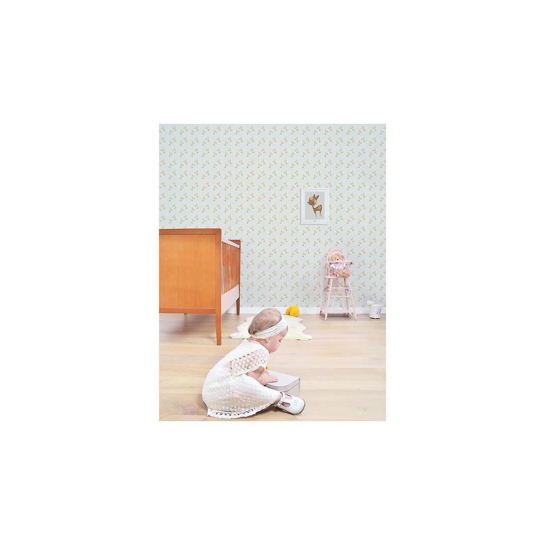 tableau enfant affiche encadree faon et fleurs ma chambramoi With affiche chambre bébé avec couronne fleurs enterrement