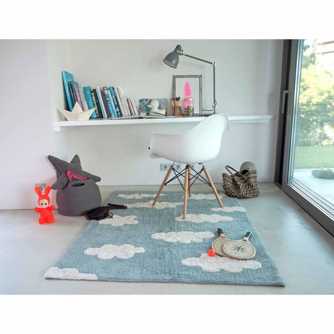 trendy tapis enfant coton lavable bleu vintage nuages blanc lorena canals with tapis nuage bleu. Black Bedroom Furniture Sets. Home Design Ideas