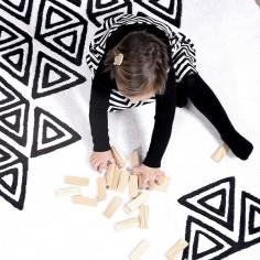 tapis-tribal-noir-et-blanc