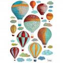 Déco enfant sticker nuages et montgolfières colorée Lilipinso