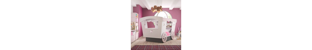chambre enfant princesse des f es des princesses pour une d co 100 fille ma chambramoi. Black Bedroom Furniture Sets. Home Design Ideas