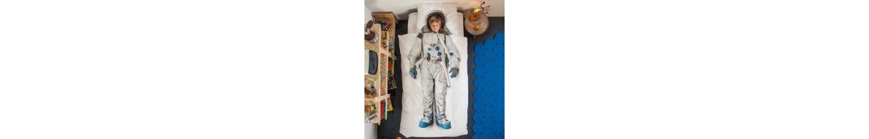Chambre enfant espace robot : déco espace pour une chambre garçon